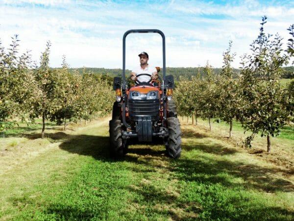Kubota B1 Series Compact Tractors